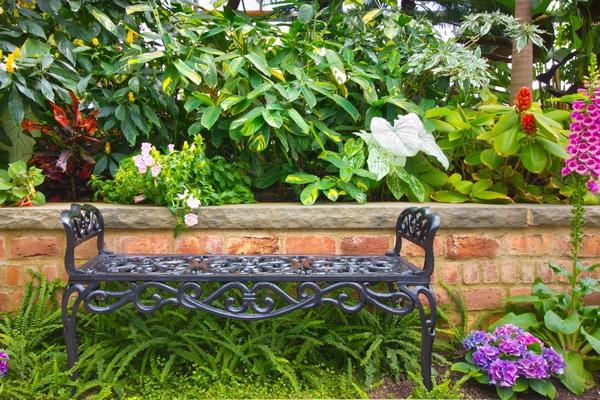 Ławka ogrodowa z metalu