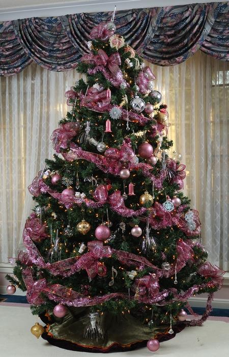 Drzewko świąteczne w purpurze