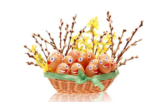 Wielkanocny stroik na wesoło