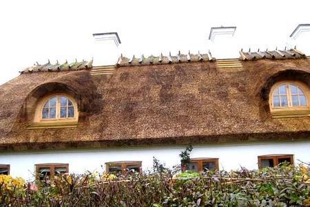 Słomiana strzecha. Czy pamiętamy jeszcze słomiane dachy?