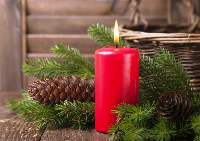 świeca świąteczna