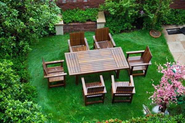 Konserwacja mebli ogrodowych