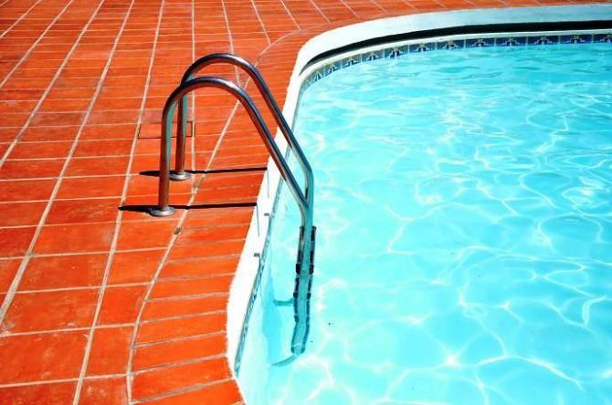 Chemia basenowa - środki chemiczne do basenów
