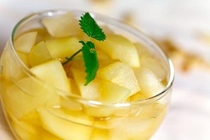 Kompot z jabłek