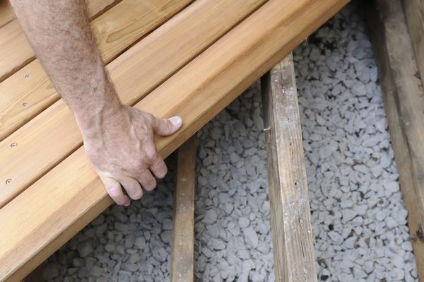 Budowa tarasu drewnianego