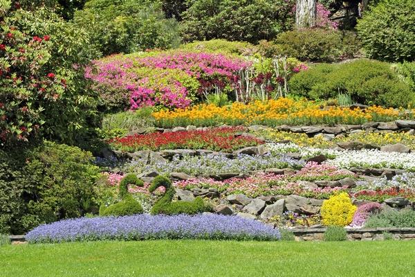 Ogród na skarpie