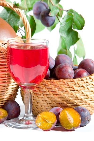 Wino śliwkowe